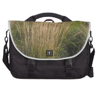 La PLANTILLA madurada hierba del paisaje añade al Bolsa Para Ordenador