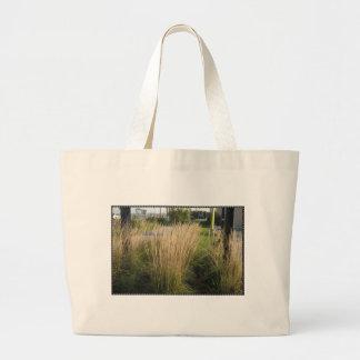 La PLANTILLA madurada hierba del paisaje añade al Bolsa Tela Grande