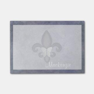 La plata púrpura obstinada se descolora flor de notas post-it®