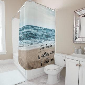 La playa está llamando y debo ir cortina de baño