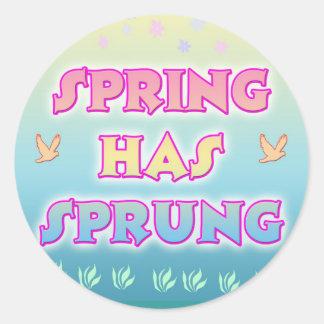 La primavera tiene el pegatina saltado