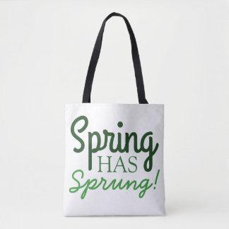 La primavera verde de la bolsa de asas el   de la