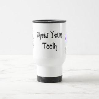"""La primera mordedura hacia fuera """"muestra su taza"""