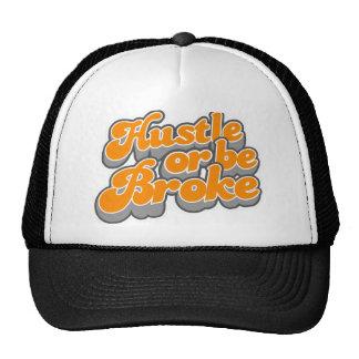 La prisa o sea rompió el sombrero del camionero gorros