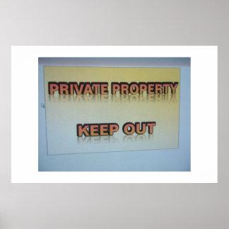 La propiedad privada guarda hacia fuera póster