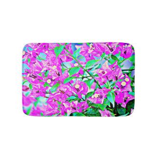 La púrpura florece la estera de baño