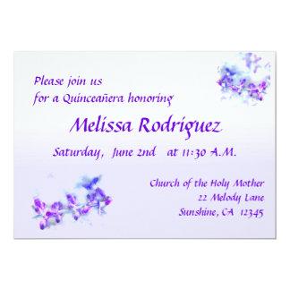 La púrpura florece la invitación de Quinceanera