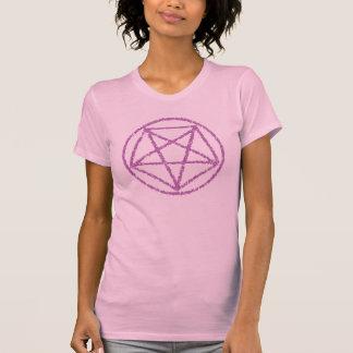 La púrpura se descoloró camiseta satánica del