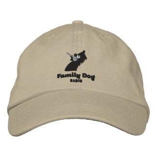 La radio del perro de la familia bordó el gorra -  gorras de béisbol bordadas