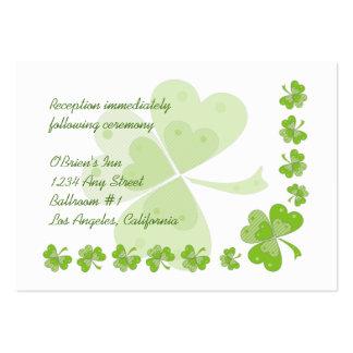La recepción nupcial irlandesa de los tréboles tarjetas de visita grandes