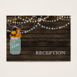 La recepción rústica de los tarros de albañil de tarjeta de negocios
