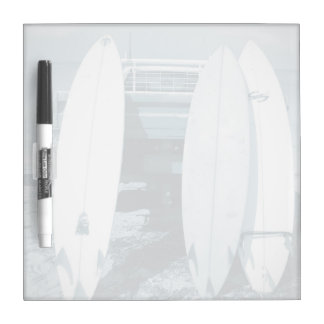 La resaca 3 tablas hawaianas tiembla la tabla pizarra blanca