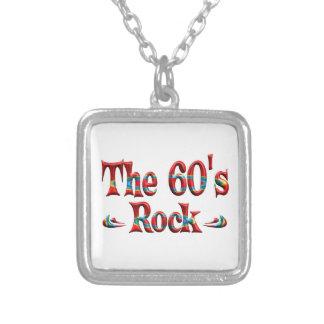 La roca de los años 60 pendientes personalizados