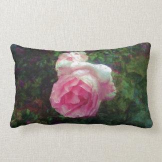 La rosaleda rosada florece arte del diseñador de cojin