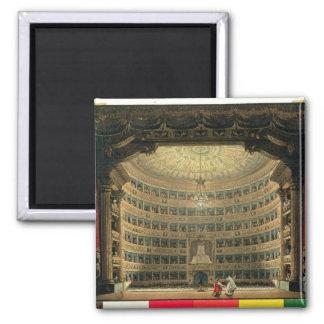 La Scala, Milano, durante un funcionamiento Imán Cuadrado