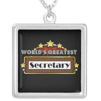 La secretaria más grande del mundo colgante cuadrado