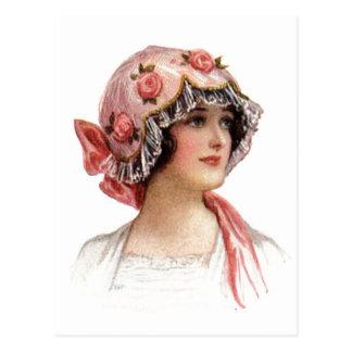 La señora del vintage en seda floreció el capo postal
