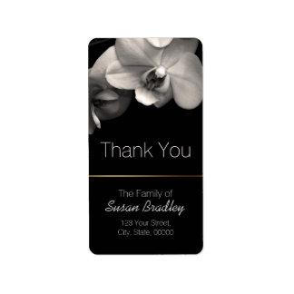 La sepia de la orquídea elegante le agradece la etiquetas de dirección