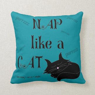 La siesta tiene gusto de un gato cojín decorativo