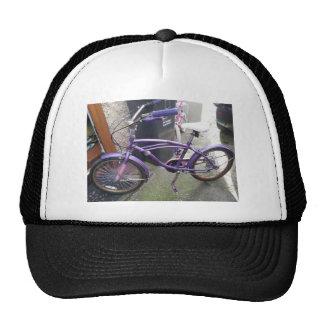 la situación pasada de la bici gorros