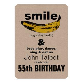 La sonrisa es buena para la 55.a invitación del