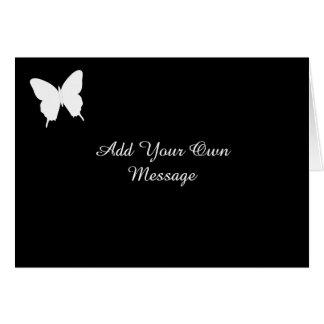 La tarde blanco y negro de la mariposa invita a la tarjeta de felicitación