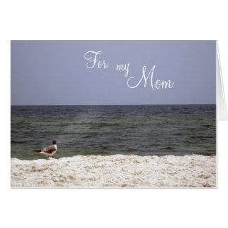 La tarjeta de la madre de la opinión de la playa