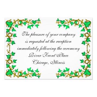 La tarjeta de la recepción de la hiedra y de los r invitaciones personales