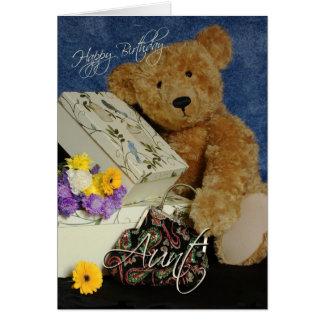 La tarjeta de la tía cumpleaños con el oso lindo e