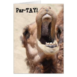 ¡La tarjeta divertida del camello, PAR-TAY tiene