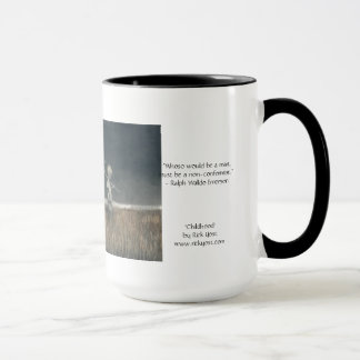 "la taza 15oz con arte de la ""niñez"" y Emerson"