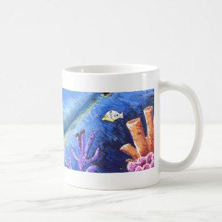 ¡La taza de café azul del coco - vacaciones!