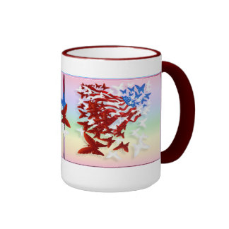 La taza de la bandera de la mariposa