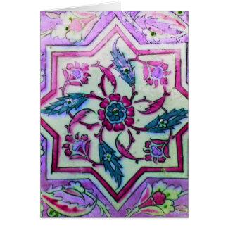 La teja rosada y blanca hermosa con los hHnts de Tarjeta De Felicitación