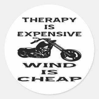 La terapia es motorista costoso que el viento es pegatina redonda