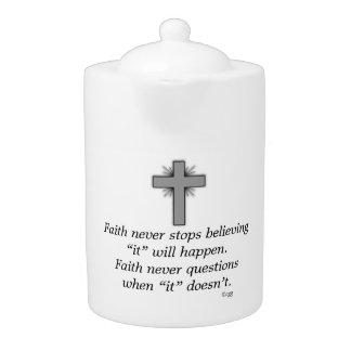 La tetera w/Grey de la fe nunca señaló por medio