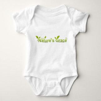 La tolerancia de la naturaleza con la mariquita body para bebé