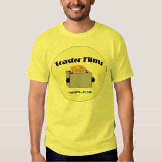 La tostadora filma la camisa del logotipo