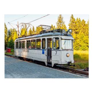 La tranvía en Strondheim. No. 7 del coche del Postal