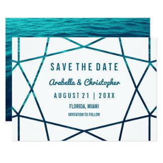 La turquesa agita reserva geométrica la fecha invitación 12,7 x 17,8 cm