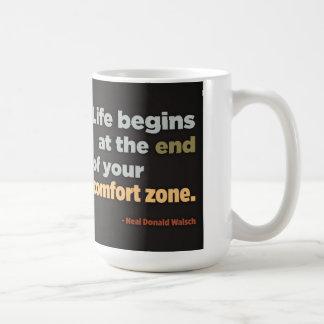 La vida comienza en el final de su zona de taza de café
