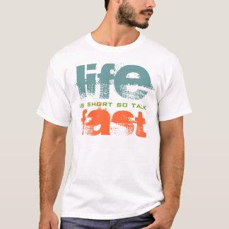La vida es camiseta rápida del diseño del texto de