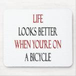 La vida parece mejor cuando usted está en una bici alfombrilla de ratones