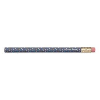 La violeta de la diversión modeló 2 líneas lápiz