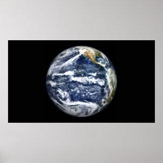 La vista de la tierra llena se centró sobre Oc Póster