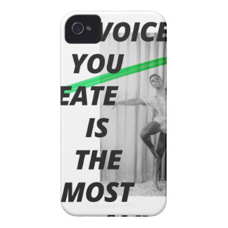 La voz en su cabeza está la más viva carcasa para iPhone 4