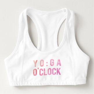 La yoga se divierte el sujetador