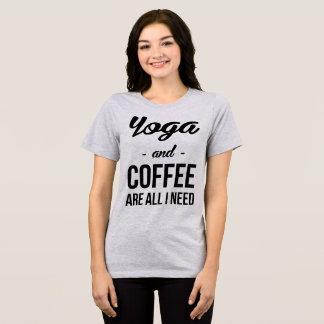 La yoga y el café de la camiseta de Tumblr son