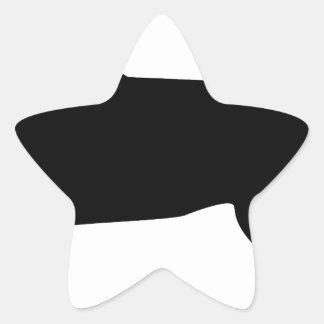 Labrador negro con el cuello rojo pegatina en forma de estrella