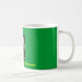 labrador retriever amarillo taza de café